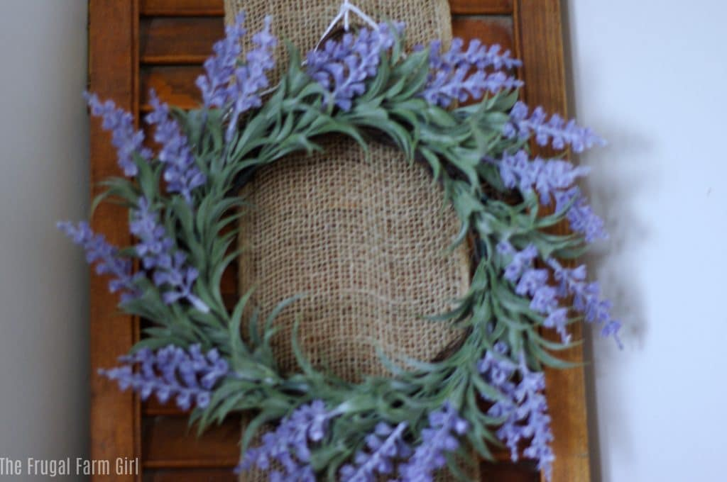 Easter Decoration Ideas for a Mantel