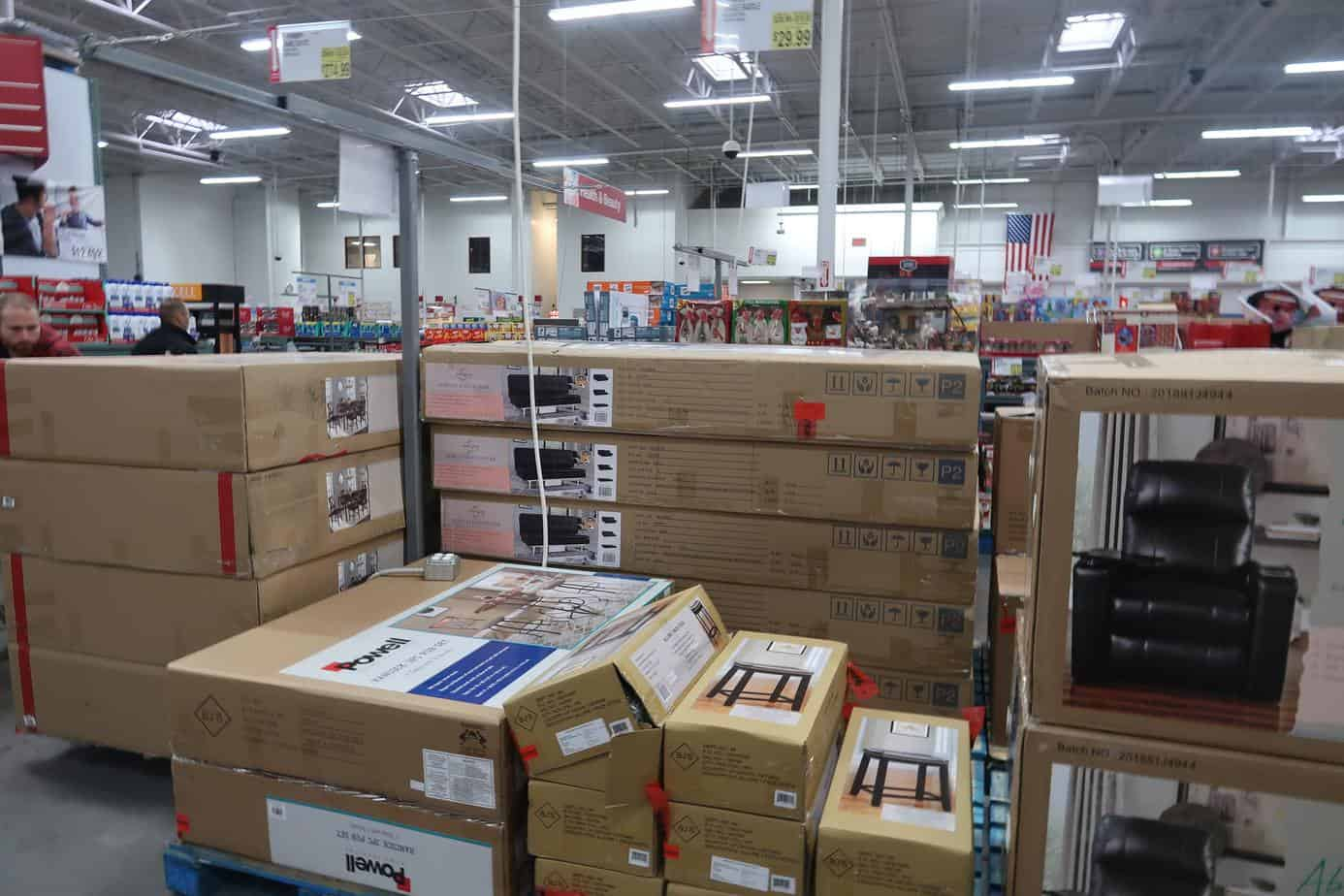 How to Avoid Over Spending at Wholesale Clubs
